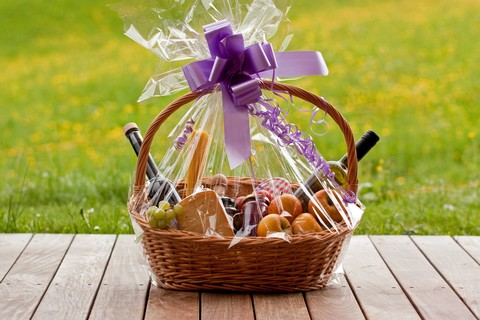 Enchantment Vineyards Blog 7 Wine Gift Basket Ideas To Put Use